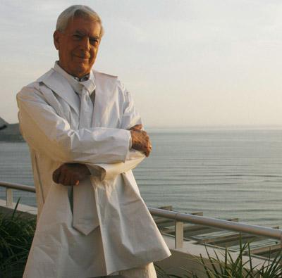 Mario Vargas Llosa habla de poesía