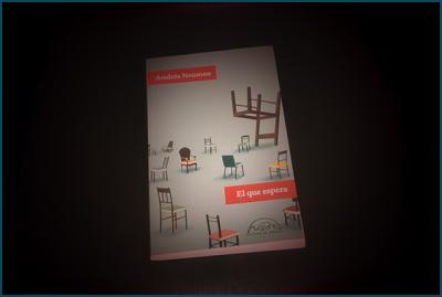 «El que espera», de Andrés Neuman —Páginas de Espuma—